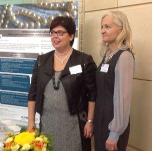 STUDIO-projektin Anita Eskola-Kronqvist ja Elisa Tuominen Elinikäinen ohjaus Suomessa 2013 -seminaarissa Tampere-talolla.